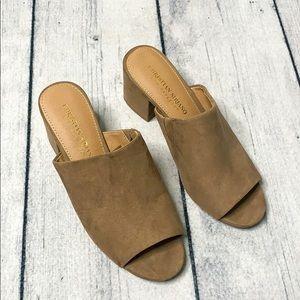 Christian Siriano | Womans heels | EUC